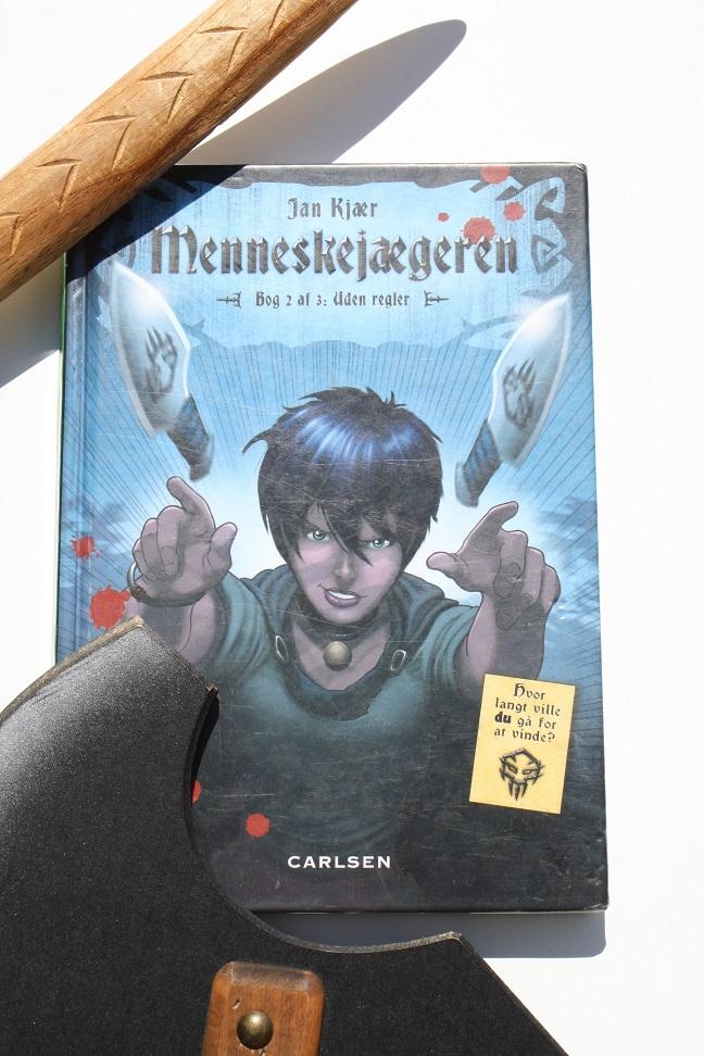 """Billede af Jan Kjærs bog """"Menneskejægeren - Bog 2 af 3: Uden regler"""""""